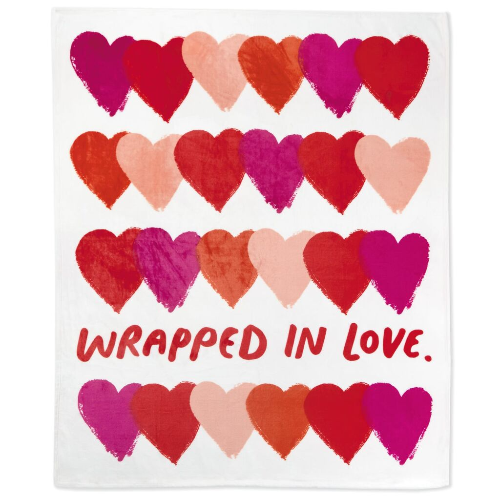 Wrapped-in-Love-Red-and-Pink-Hearts-Throw-Blanket_1SGN1280_02